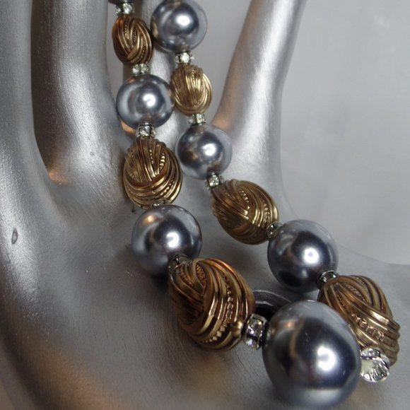 Vintage 16 Silver Bead Necklace